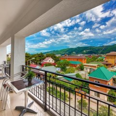 Гостиница Азария балкон