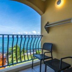 Отель Jewel Paradise Cove Beach Resort & Spa - Curio Collection by Hilton балкон
