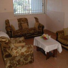 Отель Mariam Сьерра-Леоне, Фритаун - отзывы, цены и фото номеров - забронировать отель Mariam онлайн комната для гостей фото 3