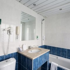 Гостиница Спутник 3* Улучшенный номер с различными типами кроватей фото 14
