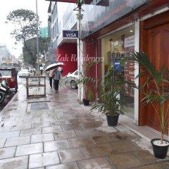 Отель Zak Residence Шри-Ланка, Коломбо - отзывы, цены и фото номеров - забронировать отель Zak Residence онлайн парковка