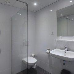 Отель Asterisk Annex 2 Stars Нидерланды, Амстердам - 1 отзыв об отеле, цены и фото номеров - забронировать отель Asterisk Annex 2 Stars онлайн ванная