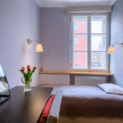 Отель Chopin Apartment Warsaw - Old Town Польша, Варшава - отзывы, цены и фото номеров - забронировать отель Chopin Apartment Warsaw - Old Town онлайн комната для гостей фото 3