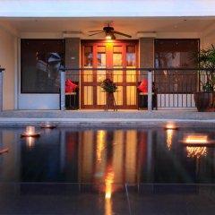 Отель Baan Yin Dee Boutique Resort 4* Номер Делюкс двуспальная кровать фото 8