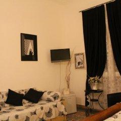 Отель Locanda Il Mascherino Номер категории Эконом с различными типами кроватей фото 8
