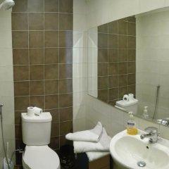 Riviera Hotel 3* Стандартный номер с двуспальной кроватью