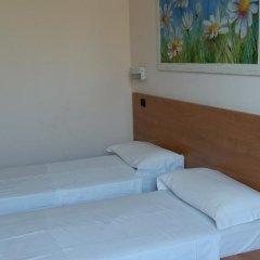 Отель Friendship Place 3* Стандартный номер с двуспальной кроватью фото 25