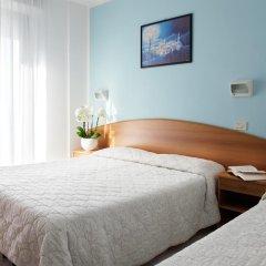 Отель Emilia Италия, Римини - отзывы, цены и фото номеров - забронировать отель Emilia онлайн комната для гостей фото 5