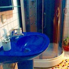 Гостиница VIP Deribasovskaya Apartment Украина, Одесса - отзывы, цены и фото номеров - забронировать гостиницу VIP Deribasovskaya Apartment онлайн ванная фото 2