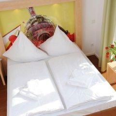 H+ Hotel 4 Youth Berlin Mitte 2* Стандартный номер с двуспальной кроватью фото 10