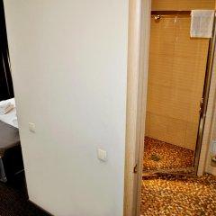 Гостиница Амбассадор Плаза 4* Стандартный номер с различными типами кроватей фото 5