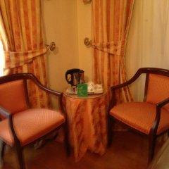 Отель Albergo Cesàri 3* Стандартный номер с двуспальной кроватью