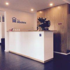 Отель Albufeira Hostel Португалия, Марку-ди-Канавезиш - отзывы, цены и фото номеров - забронировать отель Albufeira Hostel онлайн интерьер отеля фото 2