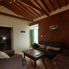 Отель Casa do Cais Португалия, Мадалена - отзывы, цены и фото номеров - забронировать отель Casa do Cais онлайн комната для гостей фото 2