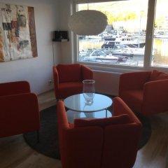 Апартаменты Byfjorden Apartment гостиничный бар