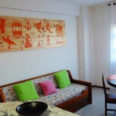 Апартаменты Low Cost Apartment комната для гостей фото 5
