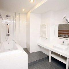 Отель Цитадель Нарикала 4* Улучшенный номер двуспальная кровать фото 3