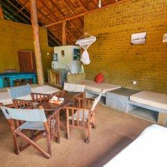 Отель Back of Beyond - Safari Lodge Yala 3* Бунгало с различными типами кроватей фото 22