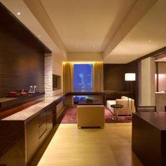 Отель Grand Hyatt Guangzhou 5* Номер Grand с разными типами кроватей фото 2