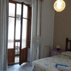 Отель Pensión Olympia 2* Стандартный номер с двуспальной кроватью (общая ванная комната) фото 40