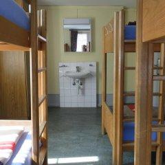 City Backpacker / Hotel Biber Кровать в мужском общем номере фото 3