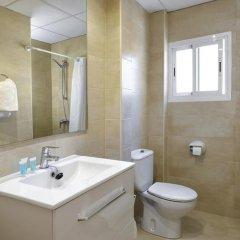 Hotel Gabarda & Gil 2* Улучшенный номер с различными типами кроватей фото 10