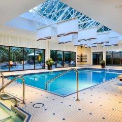 Отель The Sutton Place Hotel Vancouver Канада, Ванкувер - отзывы, цены и фото номеров - забронировать отель The Sutton Place Hotel Vancouver онлайн бассейн