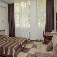 Гостиница Фестиваль Номер Комфорт с двуспальной кроватью фото 9