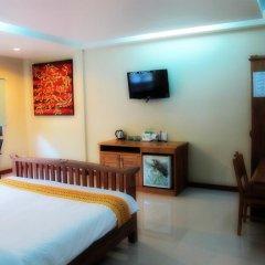 Отель Kata Garden Resort 3* Улучшенный номер с двуспальной кроватью фото 4