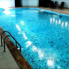 Lucytour Hotel бассейн