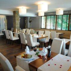 Отель Forest Nook Aparthotel Болгария, Пампорово - отзывы, цены и фото номеров - забронировать отель Forest Nook Aparthotel онлайн питание