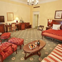 CARLSBAD PLAZA Medical Spa & Wellness hotel 5* Полулюкс с различными типами кроватей