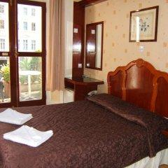 Dolphin Hotel 3* Стандартный номер с двуспальной кроватью фото 6