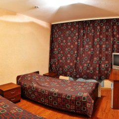 Отель Yunost Zapolyarya Мурманск комната для гостей