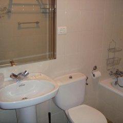 Отель Pension Aristizabal Испания, Сан-Себастьян - отзывы, цены и фото номеров - забронировать отель Pension Aristizabal онлайн ванная фото 2