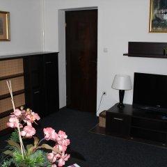 Отель Timpa Apartmanház & Dr. Strecker Villa комната для гостей фото 3