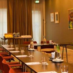 Отель Dutch Design Hotel Artemis Нидерланды, Амстердам - 8 отзывов об отеле, цены и фото номеров - забронировать отель Dutch Design Hotel Artemis онлайн питание фото 3