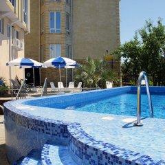 Гостиница Эдэран бассейн