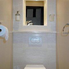 Отель HolidaysInParis-Bourg Tibourg II ванная фото 2