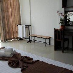 Отель Baan Oui Phuket Guest House удобства в номере