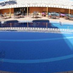 Отель La Vallée Марокко, Уарзазат - отзывы, цены и фото номеров - забронировать отель La Vallée онлайн бассейн фото 3