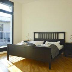Five Elements Hostel Leipzig Стандартный номер с двуспальной кроватью (общая ванная комната)