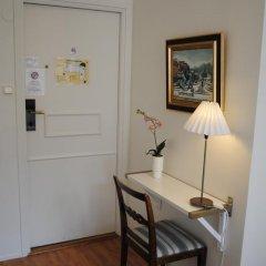 Отель August Strindberg Hotell 3* Стандартный номер с различными типами кроватей фото 4
