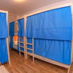 Хостел Christopher Кровать в женском общем номере с двухъярусной кроватью
