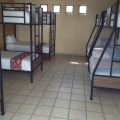 Hostel Hostalife Кровать в женском общем номере с двухъярусной кроватью