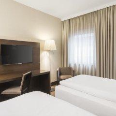 Отель NH Düsseldorf Königsallee 4* Стандартный номер с различными типами кроватей фото 9
