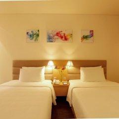 Отель Liberty Central Saigon Centre 4* Номер Делюкс с различными типами кроватей фото 3