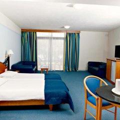 Hotel Santana 4* Стандартный семейный номер с различными типами кроватей