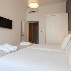 Отель Feels Like Home Rossio Prime Suites 4* Стандартный номер фото 16