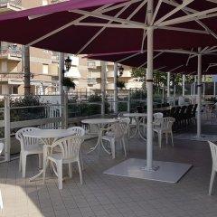 Admiral Art Hotel Римини бассейн